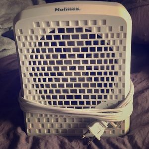 Holmes Air Purifier (only used once!)